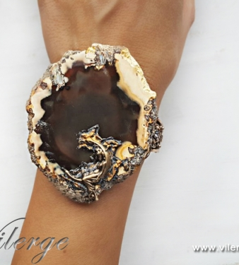 модни гривни дизайнерски бижута романтичен подарък за жени влюбени