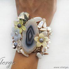8 стилни подаръци с бижута и винтидж гривни за празник на жената