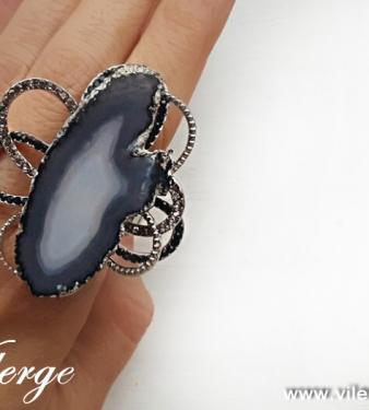 елегантни подаръци винтидж пръстени красиви жени пролет бижута
