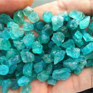 естествени камъни Апатит история произход свойства бижута
