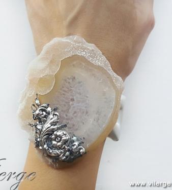 луксозен подарък с бижута за жени модна колекция лято красота
