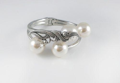 Сребърна колекция гривни за жени - подарък за Коледа с любов