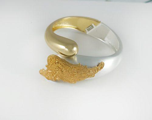 Зимна колекция гривни от злато и сребро за елегантни жени