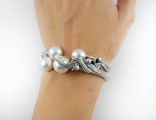 Сребърна колекция гривни за Свети Валентин и луксозни подаръци за жени