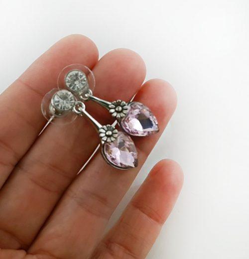 Елегантен и нежен подарък с обеци за Св. Валентин
