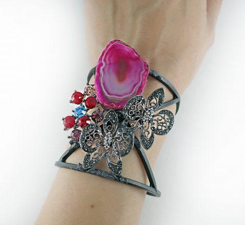 Топ идеи за луксозен подарък с гривни за Свети Валентин